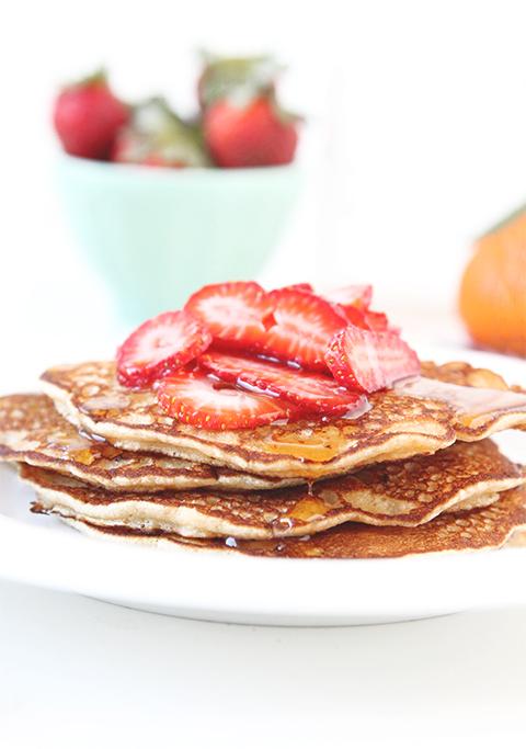 Whole Wheat Pancakes | The Fauxmartha