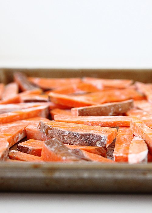 Baked Sweet Potato Fries | @thefauxmartha
