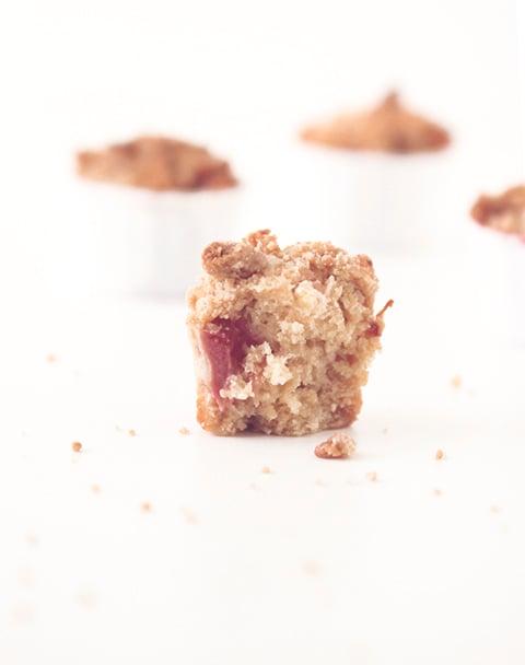 Strawberry Rhubarb Crumble Muffins   The Fauxmartha