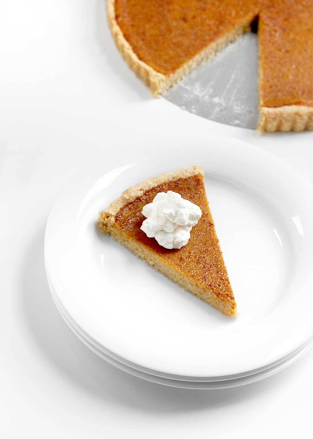 Maple Pumpkin Pie from The Faux Martha