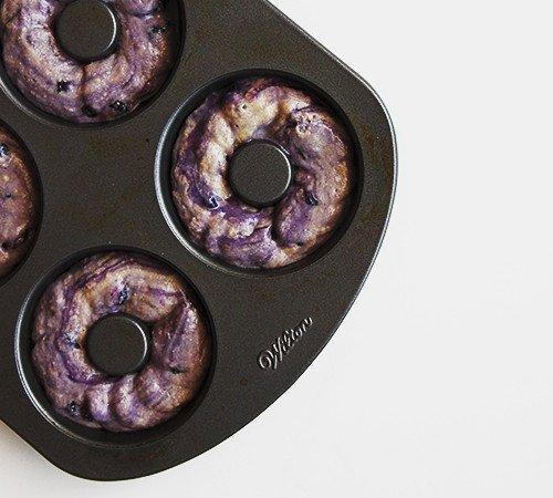 Baked Blueberry Cake Donuts | @thefauxmartha
