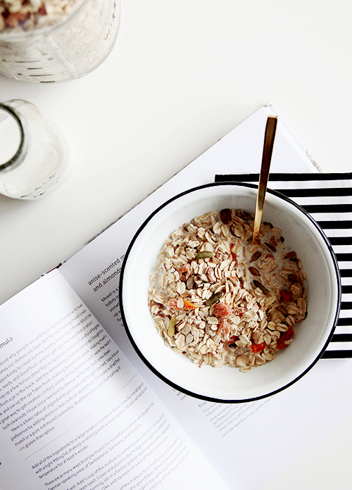 Big Batch Apricot Muesli | @thefauxmartha