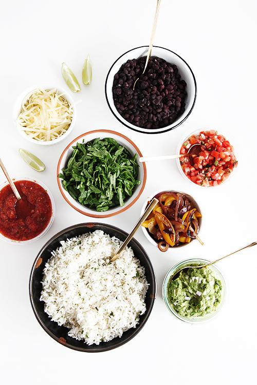 Vegetarian Chipotle Bowls | @thefauxmartha
