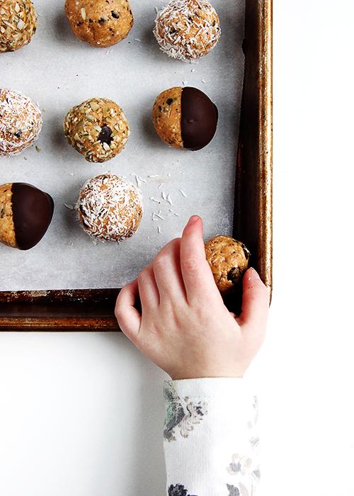 Peanut Butter Balls | @thefauxmartha