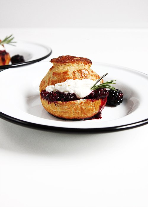 Blackberry Cream Puffs | @thefauxmartha