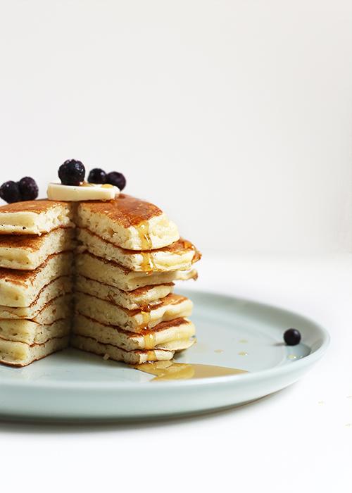 Fluffy Yogurt Pancakes | @thefauxmartha