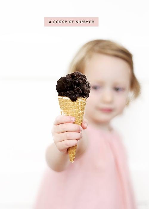 A Scoop of Black (vegan chocolate ice cream) | @thefauxmartha