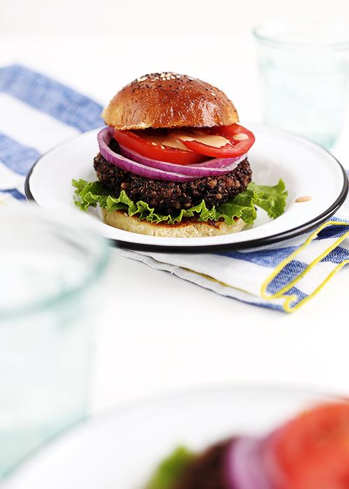Quinoa Burger | @thefauxmartha