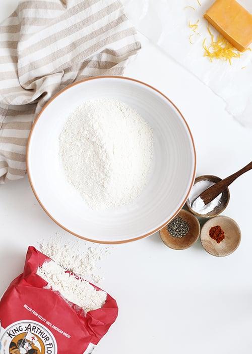 Rosemary Cheddar Quick Bread | @thefauxmartha