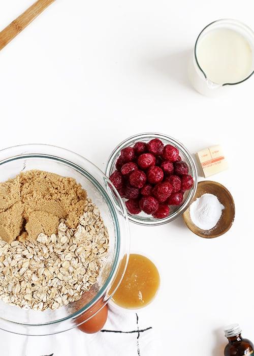 Tart Cherry Almond Baked Oatmeal | @thefauxmartha
