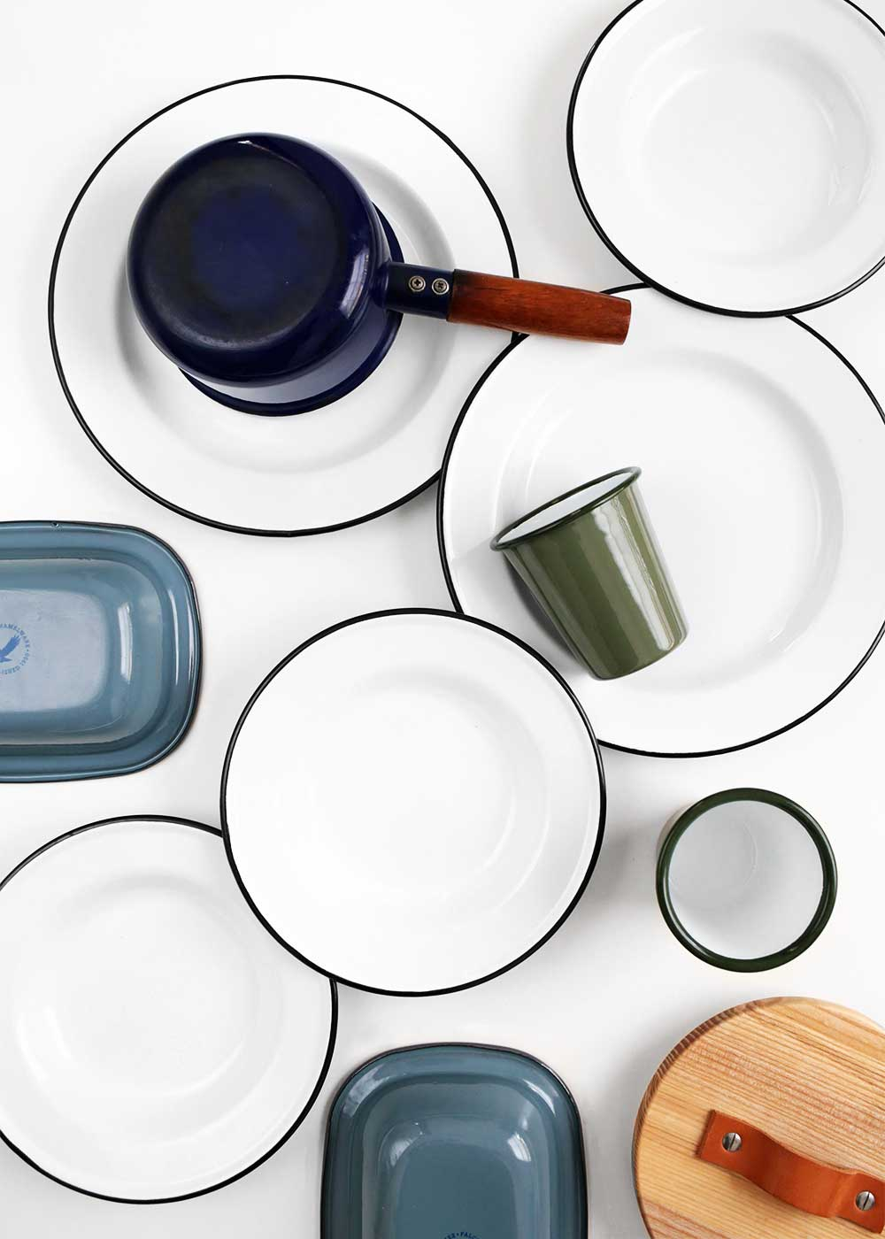 My favorite enamelware from The Fauxmartha