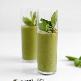 Healthy Mint Chip Green Smoothie from The Faux Martha