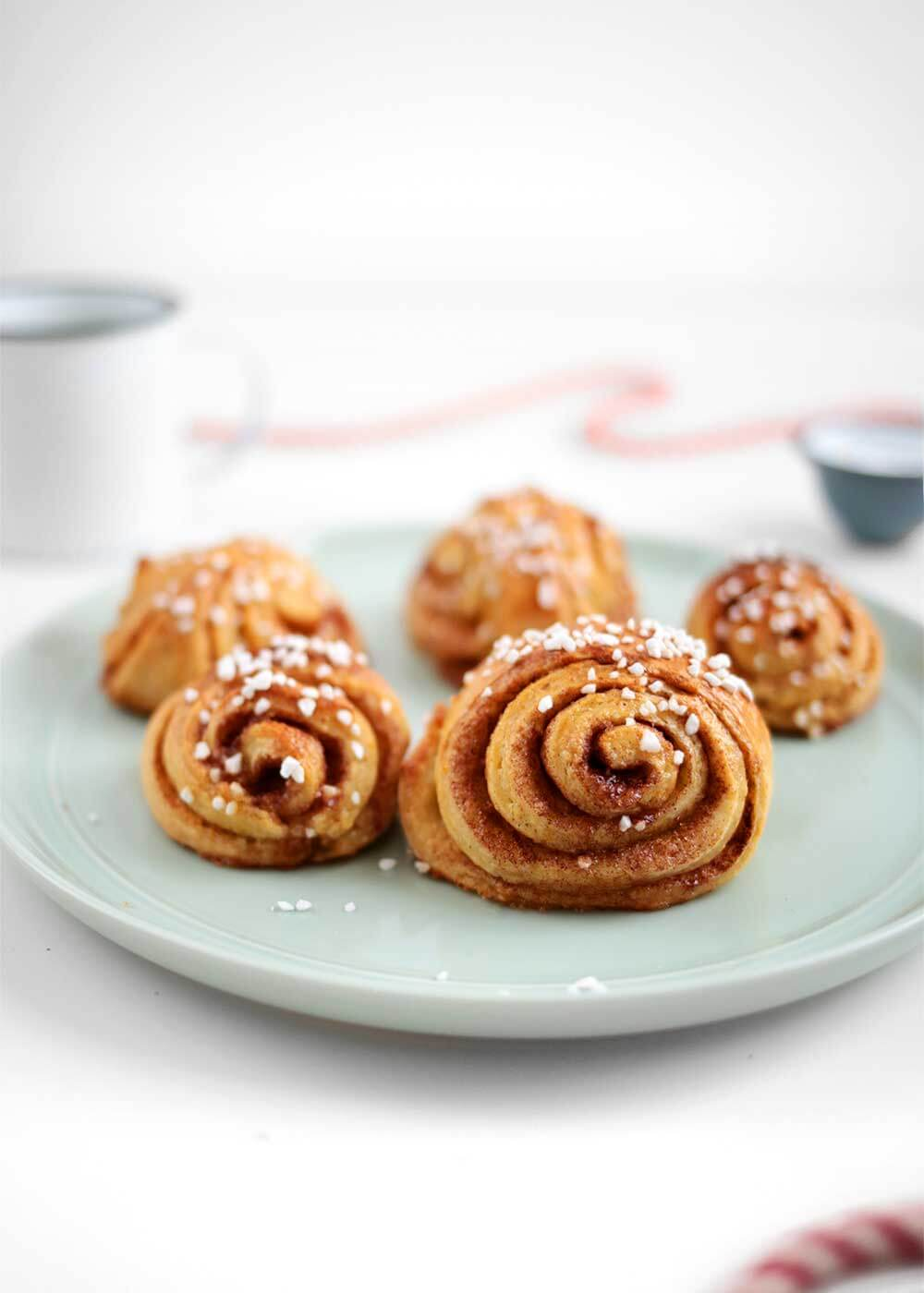 how to make Overnight Orange Cardamom Rolls from the faux martha